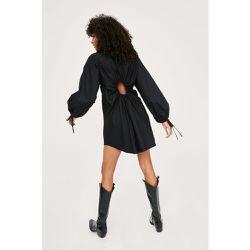 Poplin Keyhole Back Mini Shirt Dress - Nasty Gal - Modalova