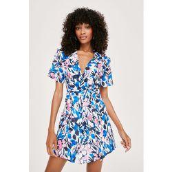 Short Sleeve Floral Shoulder Padded Shirt Dress - Nasty Gal - Modalova