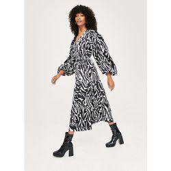 Zebra Print Long Sleeve Midaxi Wrap Dress - Nasty Gal - Modalova