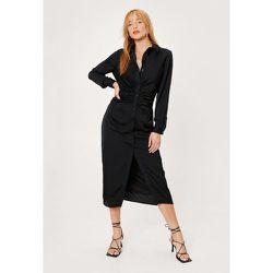 Petite Satin Ruched Front Mini Shirt Dress - Nasty Gal - Modalova