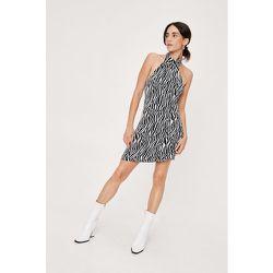Petite Zebra High Neck A Line Dress - Nasty Gal - Modalova