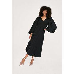 Plain Long Sleeved Wrap Midi Dress - Nasty Gal - Modalova