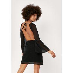 Angel Sleeve Cut Out Tie Back Mini Dress - Nasty Gal - Modalova