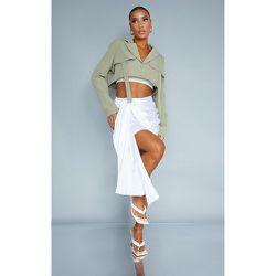 Mini-jupe satinée à design drapé froncé sur le côté - PrettyLittleThing - Modalova
