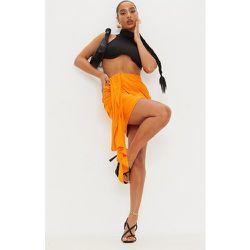 Mini jupe froncée effet lin à devant drapé - PrettyLittleThing - Modalova