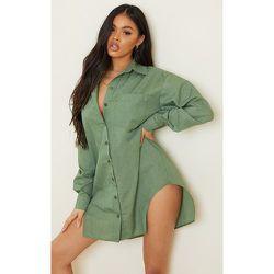Robe chemise en maille tissée à boutons fendue sur les côtés - PrettyLittleThing - Modalova