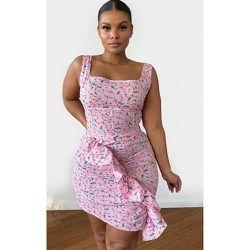 PLT Plus - Mini-jupe imprimé floral à détail volanté - PrettyLittleThing - Modalova