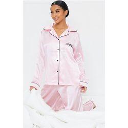 Petite - Ensemble de pyjama satiné rose à poches - PrettyLittleThing - Modalova