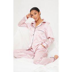 Petite - Ensemble de pyjama à rayures blanches satiné - PrettyLittleThing - Modalova