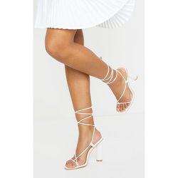 Sandales blanches à brides orteil & cheville et talon cylindrique - PrettyLittleThing - Modalova