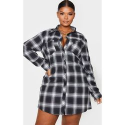 PLT Plus - Robe chemise oversize à carreaux  - PrettyLittleThing - Modalova