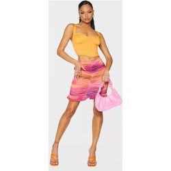 Mini jupe froncée dégradé à ourlet volanté - PrettyLittleThing - Modalova