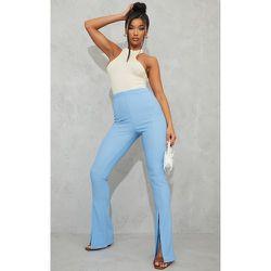 Pantalon cendré côtelé à ourlet fendu détail coutures - PrettyLittleThing - Modalova