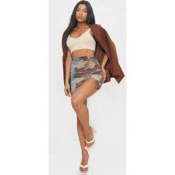 Mini-jupe côtelée et froncée tie & dye - PrettyLittleThing - Modalova