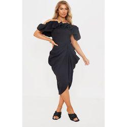 Robe mi-longue drapée en maille tissée texturée et ourlet volanté - PrettyLittleThing - Modalova