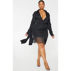 PLT Plus - Robe moulante à manches longues à franges aux ourlets détail drapée - PrettyLittleThing - Modalova