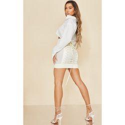 Mini jupe satinée à lacets larges - PrettyLittleThing - Modalova