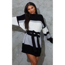 Robe pull en maille gaufrée style colourblock et , & - PrettyLittleThing - Modalova
