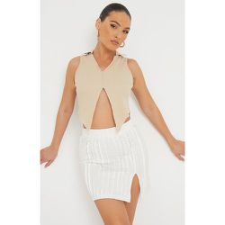 Mini jupe à ourlet fendu détail coutures - PrettyLittleThing - Modalova