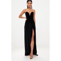 Longue robe en velours à cache-coeur drapé sur l avant - PrettyLittleThing - Modalova