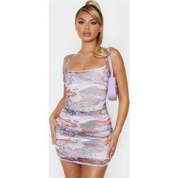 Robe moulante à bretelles en mesh froncé imprimé asiatique - PrettyLittleThing - Modalova