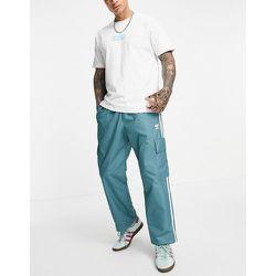 Adicolor - Pantalon cargo à trois bandes - émeraude - adidas Originals - Modalova