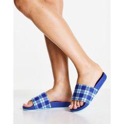 Adilette - Claquettes en tissu éponge duveteux à carreaux - adidas Originals - Modalova