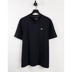 Adidas Training - T-shirt confort avec petit logo - adidas performance - Modalova