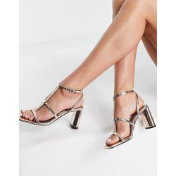 Sandales effet cage avec talon et bout carré - Or rose - Bershka - Modalova