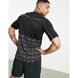 Bolongaro Trevor - Sport - Norco - T-shirt à motif géométrique et bordures réfléchissantes - Bolongaro Trevor Sport - Modalova