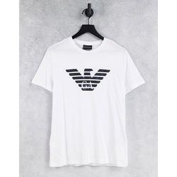 T-shirt avec logo aigle sur la poitrine - Emporio Armani - Modalova