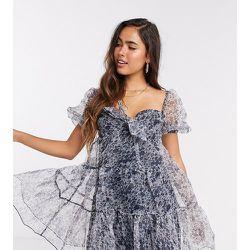 Robe babydoll courte en organzaà motif fleuri - Fashion Union - Modalova