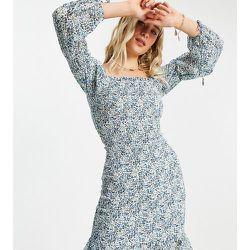 Robe courte froncée à encolure carrée - Bleu fleuri - Influence Tall - Modalova