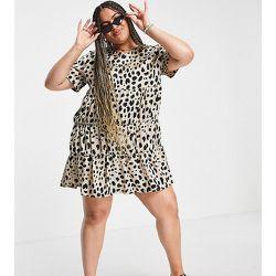 Lola May Plus - Robe babydoll en satin imprimé léopard - Lola May Curve - Modalova