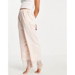 Pantalon de pyjama effet satiné à ourlet en dentelle - pâle - Loungeable - Modalova