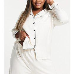 Plus - Mix and Match - Chemise de pyjama en satin avec passepoils noirs - Crème - Loungeable - Modalova