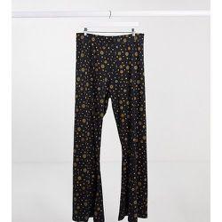 Exclusivité - Pantalon taille haute évasé à imprimé cosmique - Noisy May Curve - Modalova