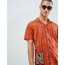 Co - Brandon - Chemise en coton bio à manches courtes et imprimé batik - Orange - Nudie Jeans - Modalova