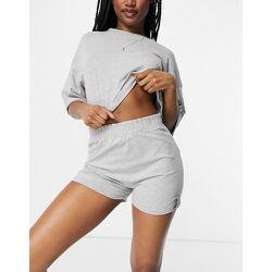 Pyjama avec t-shirt crop top décontracté et short - Chiné - Public Desire - Modalova