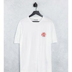 T-shirt oversize en coton biologique mélangé avec rose brodée - - Exclusivité ASOS - Selected Homme - Modalova