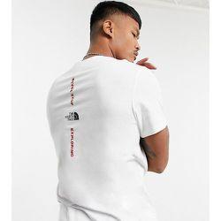 Exclusivité ASOS - T-shirt à logo vertical - The North Face - Modalova