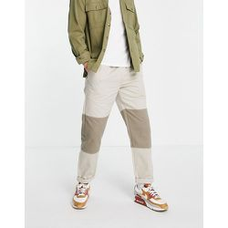 Pantalon coupe confortable effet coupé-cousu - Écru - Topman - Modalova