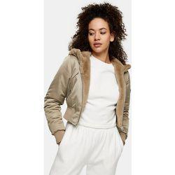 Veste courte réversible en fausse fourrure et nylon avec capuche - Beige - Topshop - Modalova