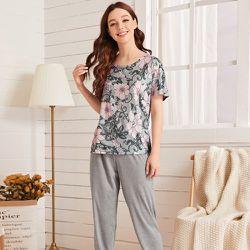 Ensemble de pyjama t-shirt fleuri & pantalon - SHEIN - Modalova