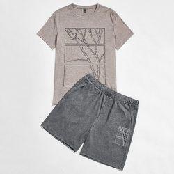 À imprimé arbre T-shirt et Short Ensemble de pyjama - SHEIN - Modalova