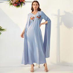 Robe à broderie festonné manches cape - SHEIN - Modalova