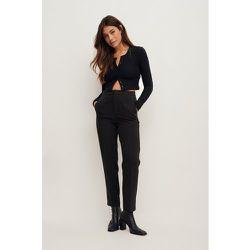 Pantalon de costume taille haute - Black - Nina Houston x NA-KD - Modalova