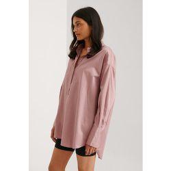 Recyclée chemise surdimensionnée à poches - Pink - NA-KD Trend - Modalova