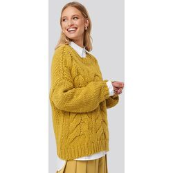 Wool Blend Round Neck Heavy Knitted Cable Sweater - Yellow - NA-KD Trend - Modalova