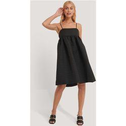 Robe À Détails Structurée - Black - NA-KD Trend - Modalova